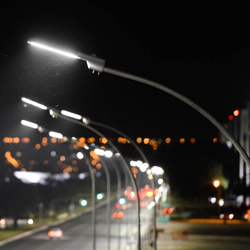 Lâmpadas de LED na iluminação pública quais são as vantagens?